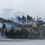 Порошенко: границу Украины пересекли более 2000 солдат РФ