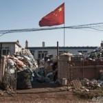 Китай превратился в свалку иностранного мусора