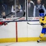 В финале молодежного ЧМ сыграют хоккеисты России и Канады