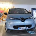 За покупку электромобиля французам заплатят €10 тысяч