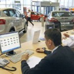 Никому не нужны: продажи новых автомобилей в России рухнули