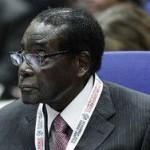 Президент Зимбабве упал с трибуны