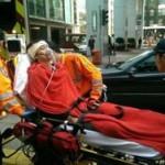 Гонконгский чиновник напал на студента