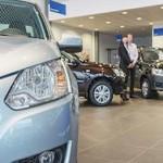 Продажи автомобилей в 2015 году упадут почти вдвое