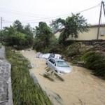 В Сочи остаются подтопленными около десяти улиц