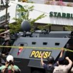 Индонезия в трауре: в Джакарте произошла серия терактов