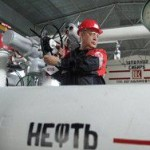 Суточная добыча нефти в России достигла постсоветского рекорда