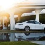 """Tesla сделает """"живую"""" автоматическую зарядку"""