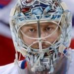 Варламов отразил 54 броска и стал второй звездой дня в НХЛ