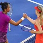 Шарапова вышла в 1/8 финала Australian Open