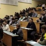 Минобрнауки собирается поднять стипендии на 18-20%