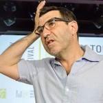 """Гришковец предложил освободить школьников от """"Евгения Онегина"""""""