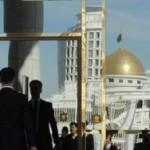 В Туркмении введен неофициальный запрет на черные автомобили