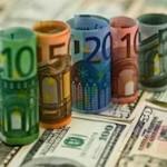 Курс доллара перевалил за 71 рубль, евро превысил 81