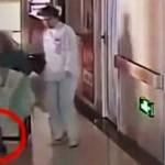 Медперсонал не заметил, как женщина родила в коляске