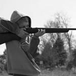 Ребенок застрелил младшую сестру из ружья деда