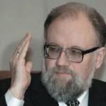 Чуров пообещал сократить зарплаты в ЦИК вслед за Думой