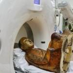 Внутри 1000-летней статуи Будды обнаружили мумию