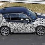 BMW X1 второго поколения замечена в Нюрбургринге