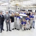 13 стажеров создали уникальный VW Golf GTI