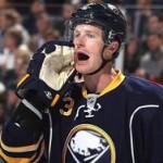Клуб НХЛ вернул хоккеиста после письма его 11-летней дочери