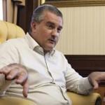 Глава Крыма пообещал урезать себе зарплату вдвое