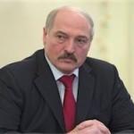 Лукашенко: промышленность тянет вниз всю экономику