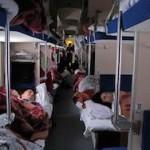 Медведев призвал отказаться от плацкартных вагонов