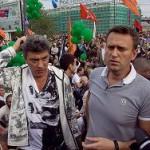Навальному не позволили проститься с Немцовым