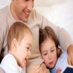 Исследователи: заботливые отцы более удачливы в карьере
