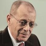 Писатель Аркадий Арканов в тяжелом состоянии в больнице