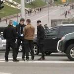 """Бойцы батальона """"Азов"""" врезались в машину сына Порошенко"""