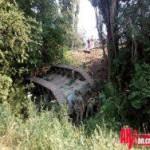 В Крыму на трассе съехал в кювет российский танк