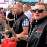 Молочные реки из-за эмбарго РФ разоряют фермеров ЕС