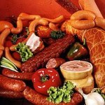 Колбасы провоцируют развитие рака